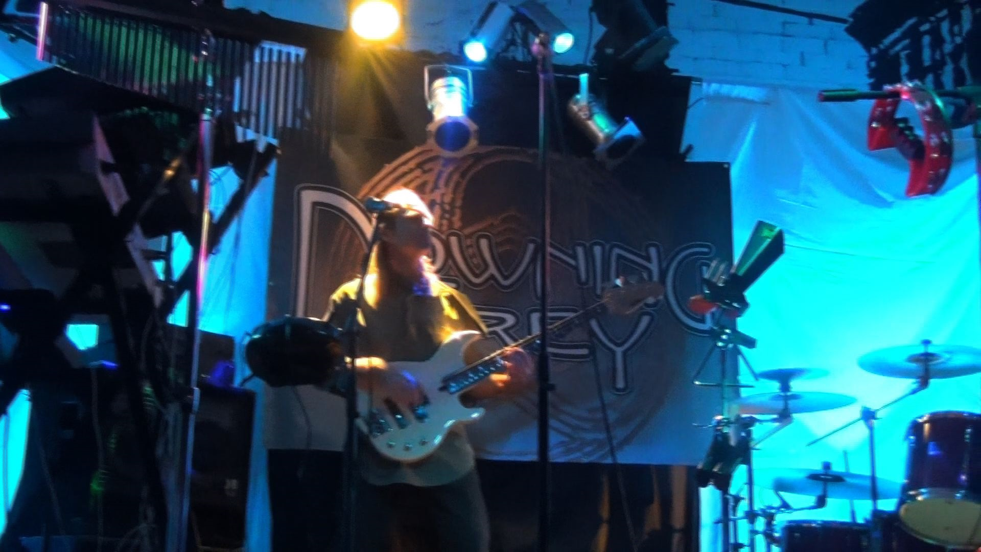 Dave Ostrowski with Progressive Rock Tribute Band Downing Grey at Putnam Den - #2